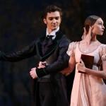 Солисты «Большого» Владислав Лантратов и Ольга Смирнова в сцене из балета «Онегин»