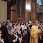 19 декабря 2013 года на праздничной литургии в день памяти Святителя Николая Мирликийского, на подворье Покровского женского монастыря в Троице-Лыково, присутствовали воспитанники гимназии и их родители. После исповеди и причастия ребята с радостью участвовали в Крестном ходе, неся иконы и хоругви